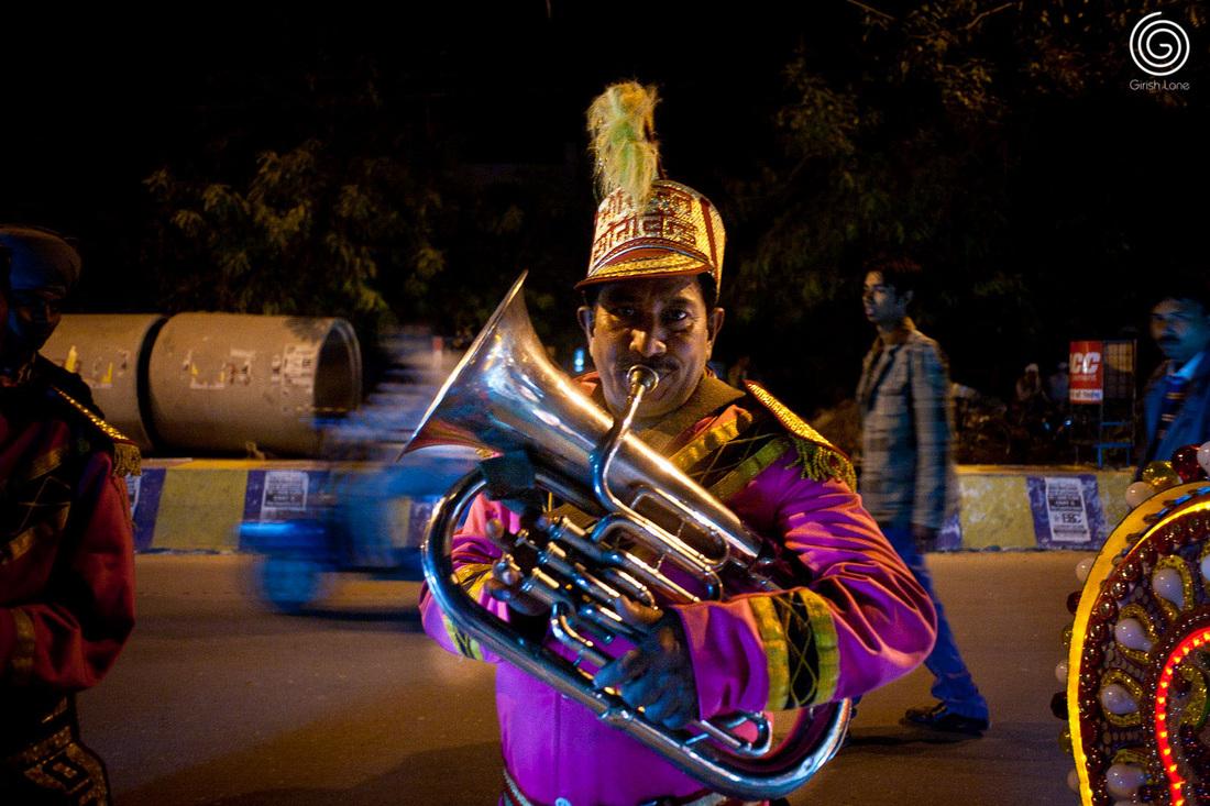 Band Baja Baraat Style North Indian Wedding By Girish Lone Photography